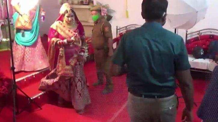 शादी समारोह उदंडता करने वाले कलेक्टर के खिलाफ मुख्यमंत्री ने गठित की जांच समिति